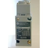 A-B 802T-KP Ser J Oiltight Limit Switch