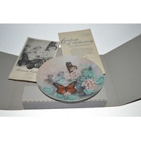"""Monarch Butterflies """"On Gossamer Wings"""" Collector Plate w/box, booklet and Certificate of Authenticity."""