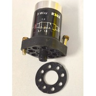 Clippard R302 MiniMatic 3 Way Valve - New off of product demo.