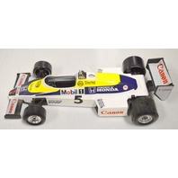 Burago-New Demo from display 1/24 scale Vintage 6105 Williams FW 08C F1 car.Canon 5