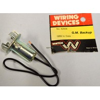 Vintage Wiring Device - G.M. Backup Bulb Socket #62936