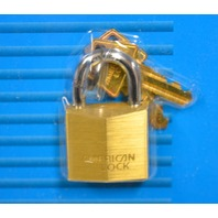 American Look - Solid Brass #B30CC - Brass Cylinder, Steel Shackle - 2 Keys.