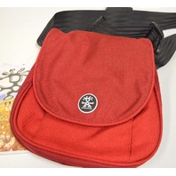 Crumpler AG-014 Cross body travel Shoulder Bag - Red/Dark Red. New.