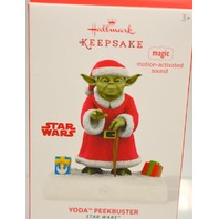 "Hallmark Keepsake 2014 ""Yoda Peekbuster""-Magic motion-activated sound. Star Wars"
