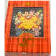 Disney (Jumbo) Pin HKDL Trading Fun Day 2011- Limited Edition Pin #83914 - Signed