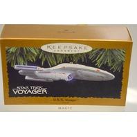 "Hallmark Keepsake Ornament ""Star Trek Voyager - U.S.S.Voyager."