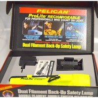 Pelican ProLite Rechargeable Flash Light - Xenon Laser Beam - Submersible. Demo