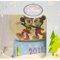 Disney Mickey and Minnie Mouse Snow Globe 2011