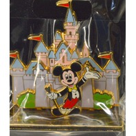 Hong Kong Disneyland Collectible Pin 50th Anniversary - 3D Mickey in front of castle