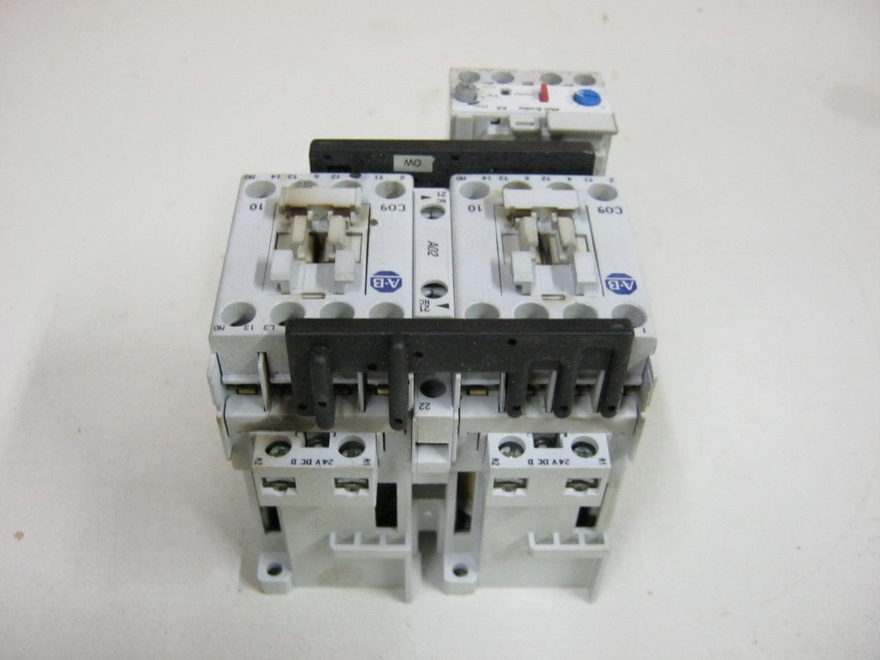 Allen Bradley 104 C09dj22 Reversing Motor Starter Series B
