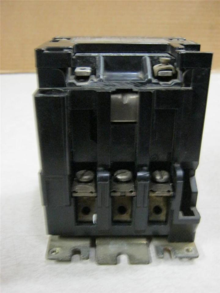 Square d 8536scg3 600v industrial motor starter size 1 for Square d motor starter