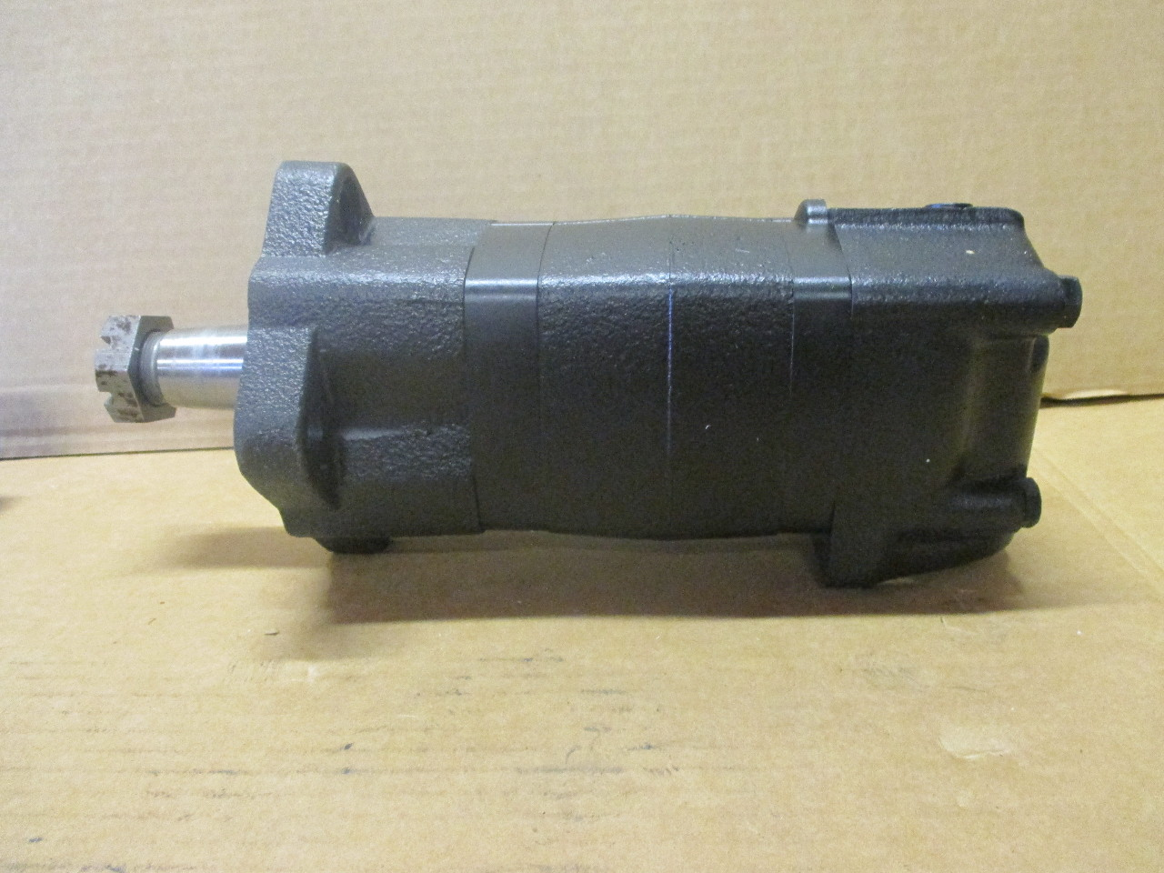 new eaton char lynn hydraulic motor 104 1851 006 nib