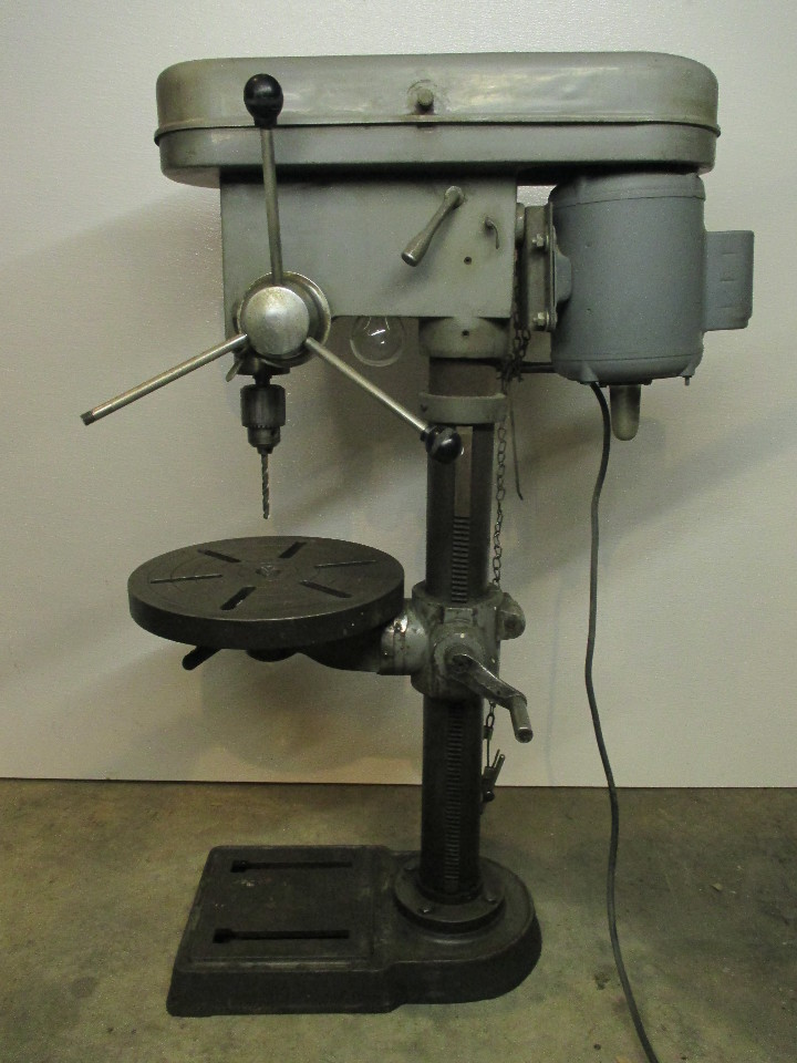 Chicago Industrial Tool Company 5 Speed Manual Drill Press
