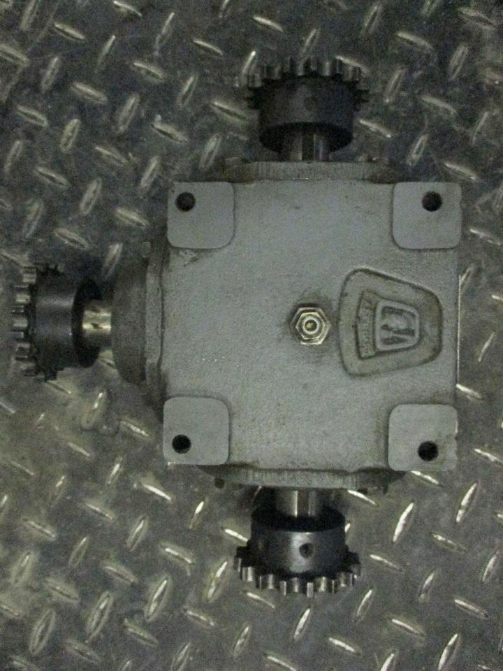 Hub City Model 150 Gear Reducer 0220 00802 150 Ratio 1 1