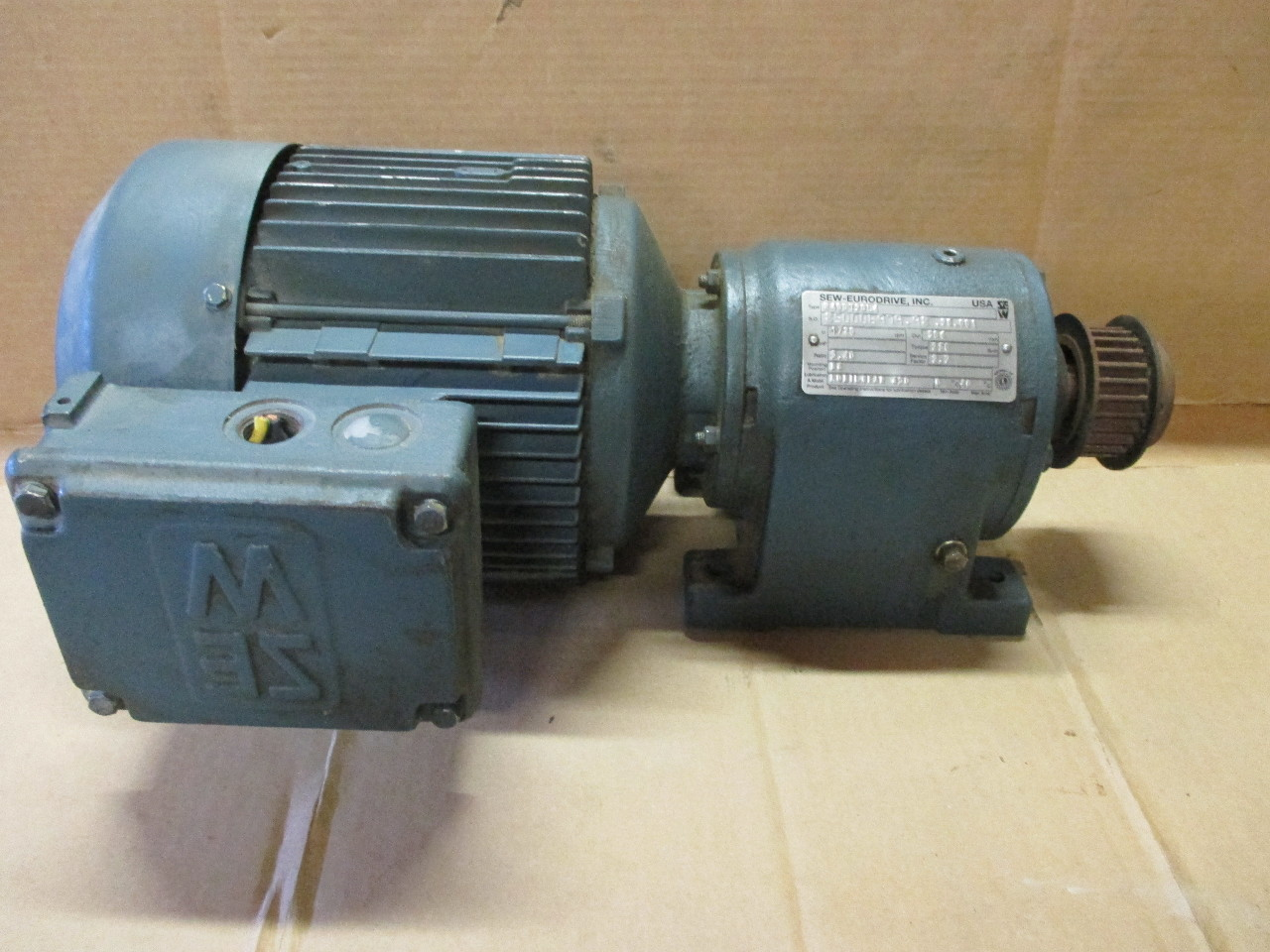 Sew Eurodrive Motor Dft90l4 2hp With Gear Reducer