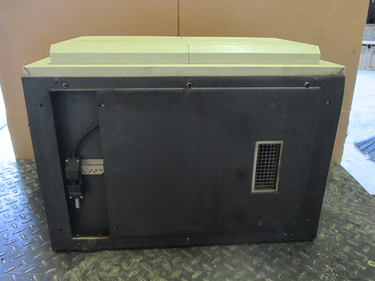 Rittal Werk Sk3296 Enclosed Cooling Unit Air Conditioner