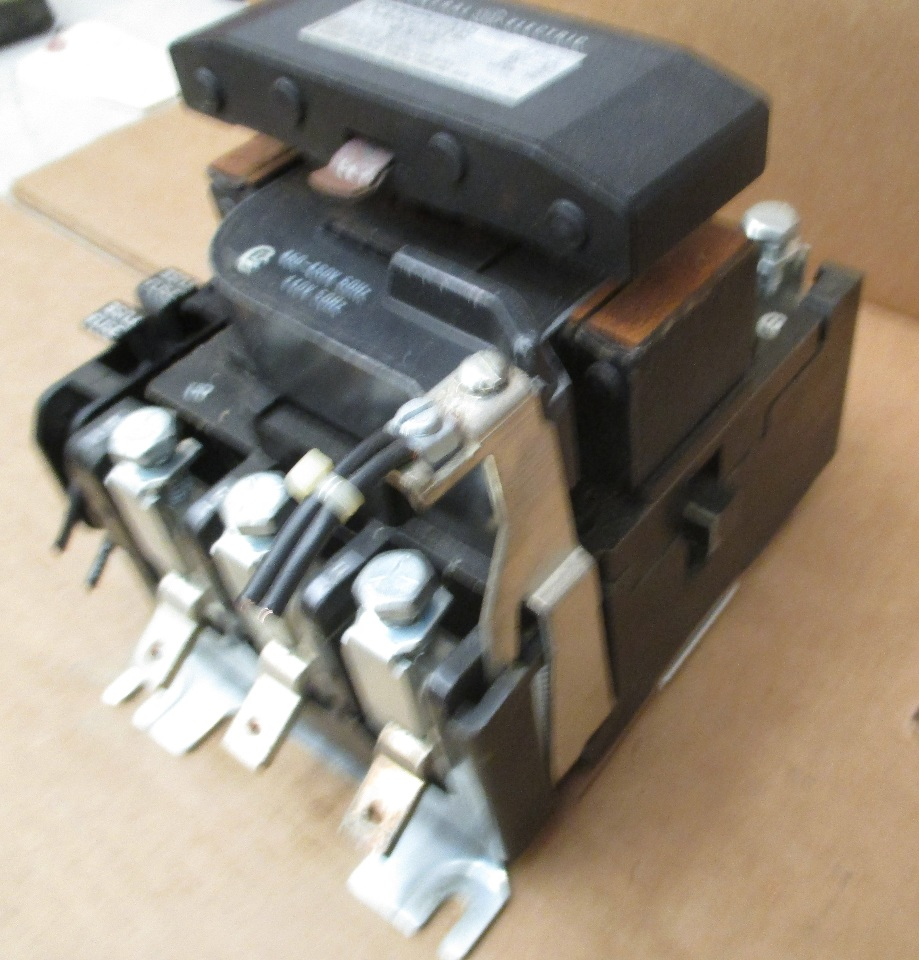 Ge General Electric Cr305f0 Aab Nema Size 4 600vac 135a Motor Starter Cr305fo Aab Daves