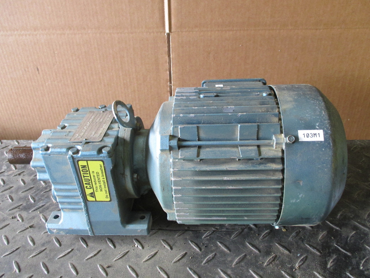 Sew eurodrive r27a inline gear motor 1720 rpm 2 hp dft90l4 for Sew motors and drives