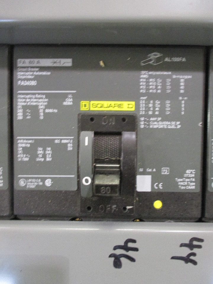 Square D HCM50912N I-Line Panelboard w/200A Main and 21 Breakers ...