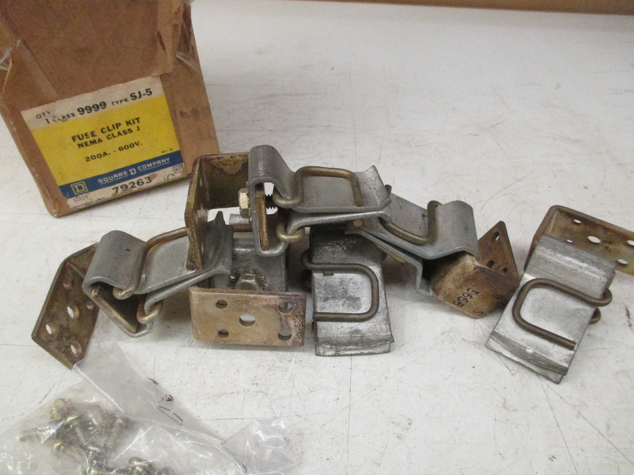 square d fuse boxes square d 79263 class 9999 type sj-5 fuse clip kit 200a ... #8
