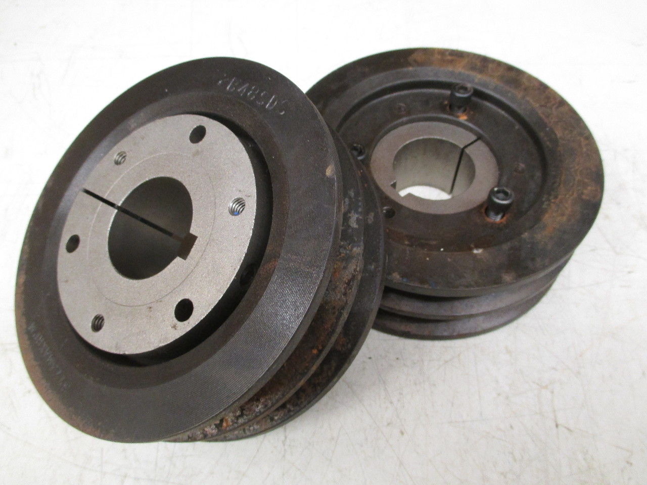 V Belt Pulley 2b48sds With 3 8 Taper Lock Bushing Lot Of
