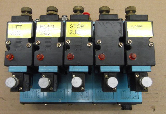 MAC 82A-AC-CKA-TP-DAAP-4DA-P  Pneumatic Valves - 5 Valve Assembly