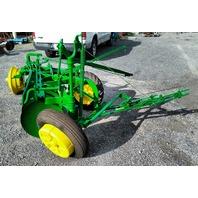 John Deere 600H Hydraulic lift Drawn Disc Plow - refurbished