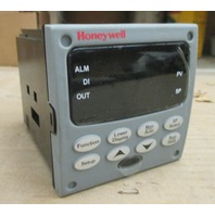 Honeywell UDC3200 Controller DC3200-C0-000R-200-00000-E0-0 with Manual