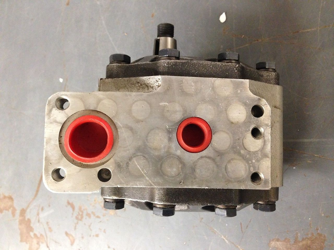 Case Garden Tractor Hydraulic Pump : Oem case ih c hydraulic gear pump s lotastock