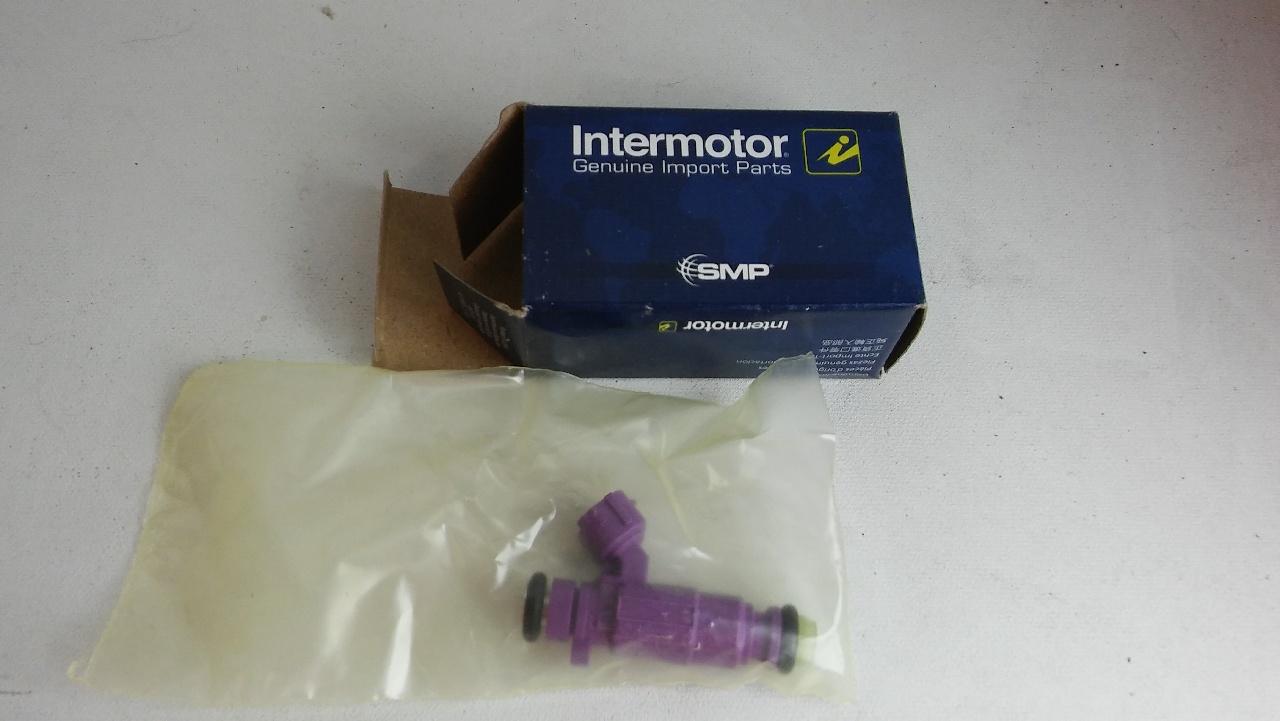 Standard FJ661 Intermotor™ Fuel Injector Fit Kia Optima 04-04 L4 2.4L 2351cc