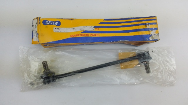 QSTEN Front Sway bar - link assembly 48820-06040