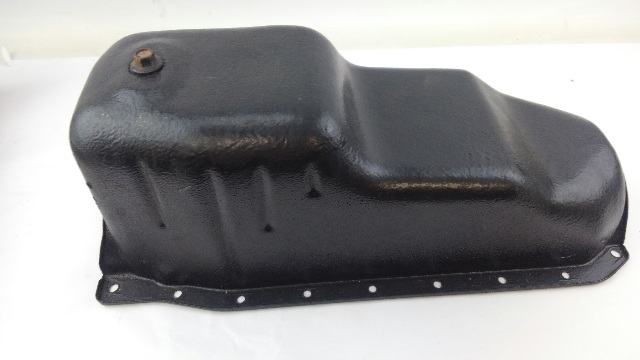 90'S SMALL BLOCK CHEVY GM OIL PAN