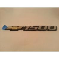 Chevrolet 99'-03' Silverado Bowtie Door Emblem OEM 15707431
