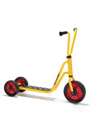 Winther 3 Wheel Scooter; no. WIN588