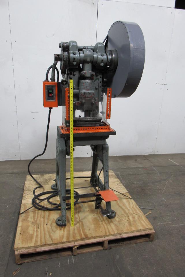 Federal Press Model 1 Obi 16 Ton Punch Press 1 1 2 Quot Stroke