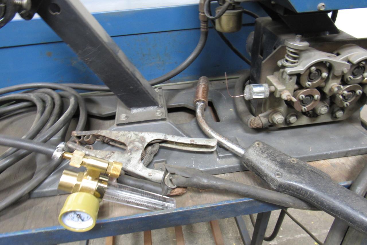 Millers Auto S Miller Mc 300vs S 54 Arc Welding Power Source Feeder Gun And