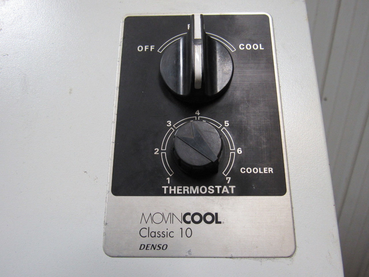Movincool Classic 10 Portable Air Conditioner 115v 1ph 10 000 Btu/hr  #6F6A5C