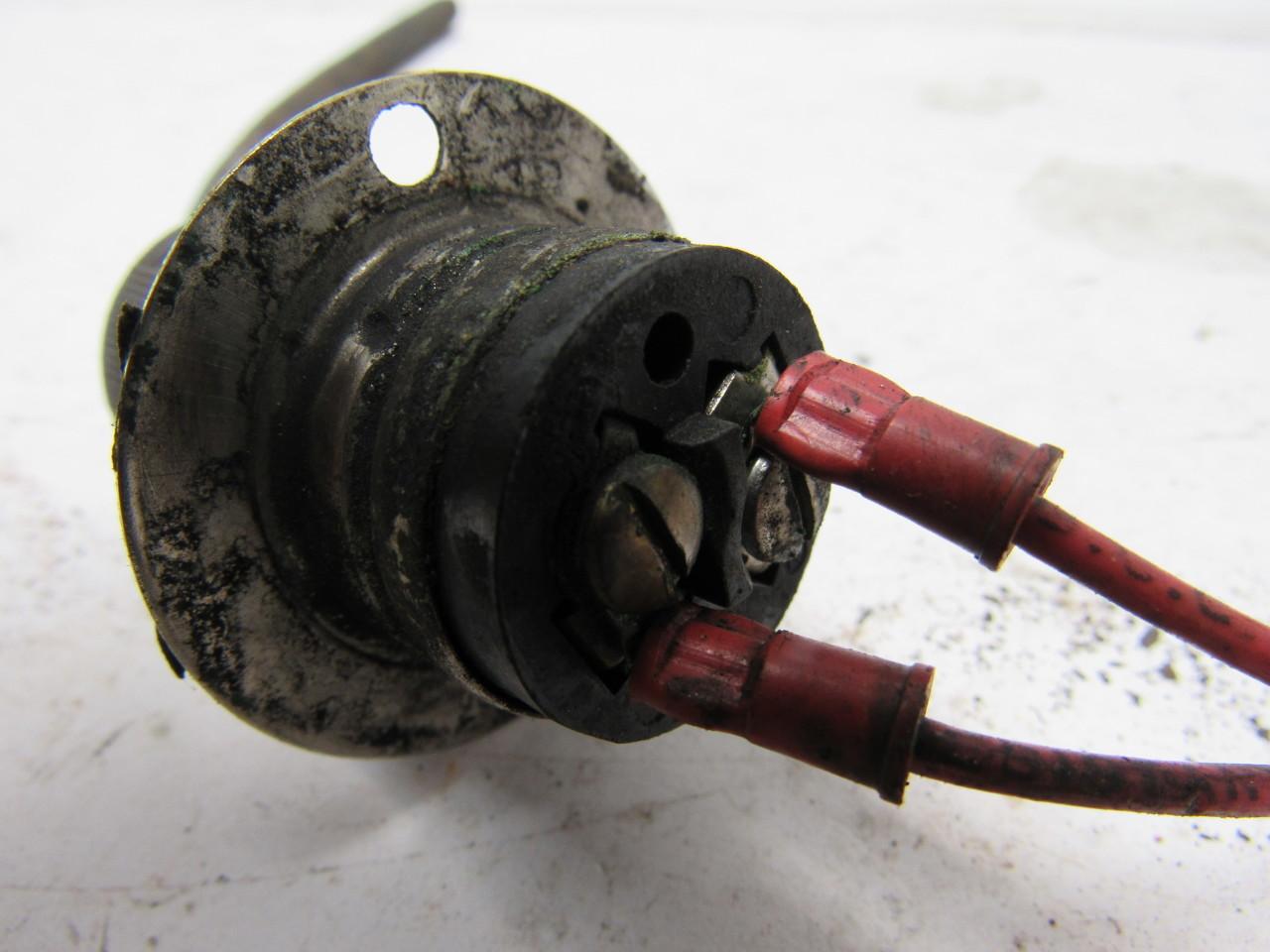 Demais!!! mete midget electrical two prong plug wish