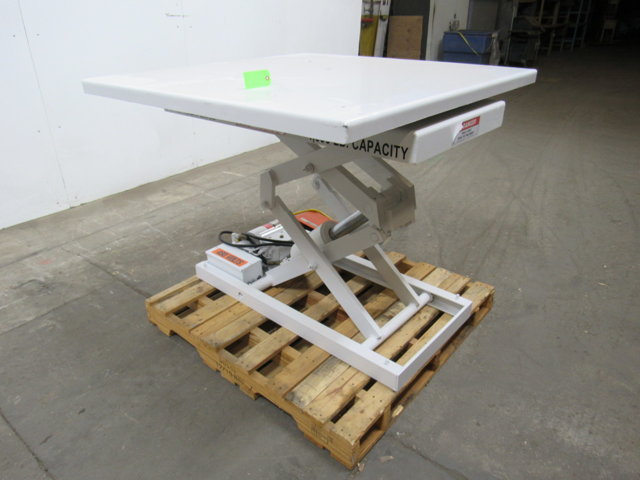 Used Hydraulic Lift Tables : American lifts hydraulic lift table w quot x turn