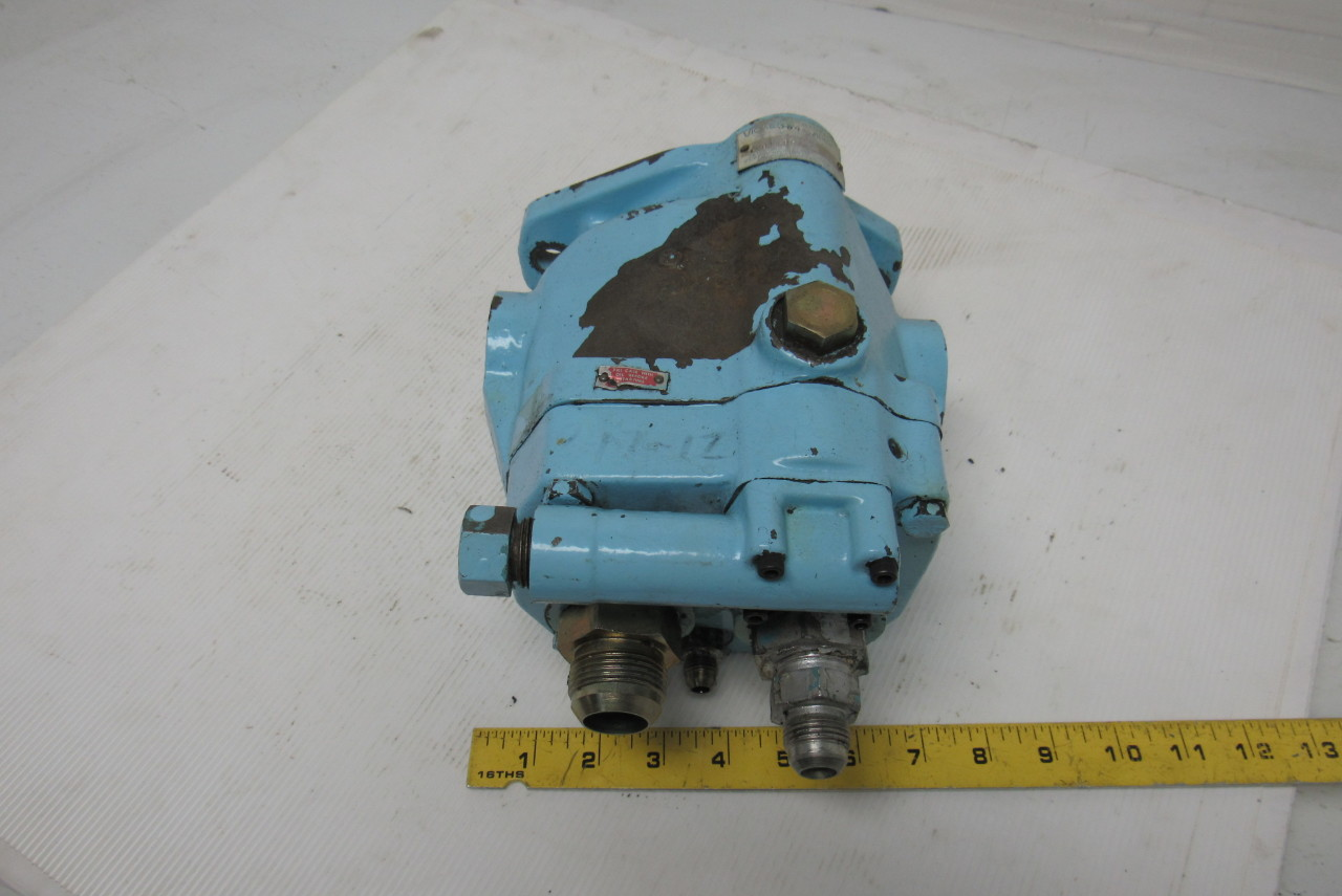 Vickers PVB 10 RSY 30CM11 Hydraulic Axial Piston  Pump 7/8