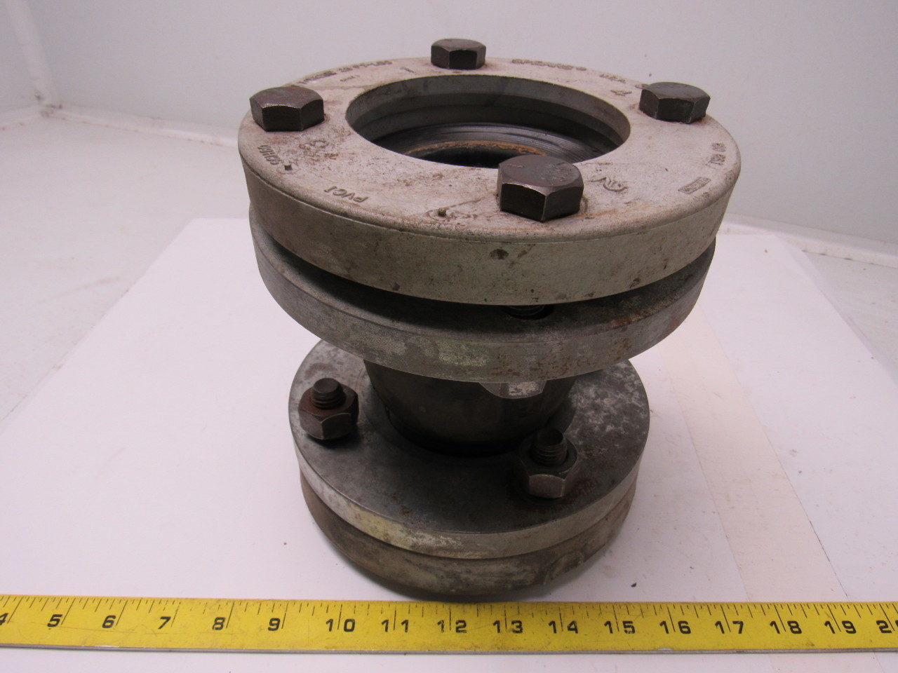 Rubber expansion joint quot pipe with standard steel bolt