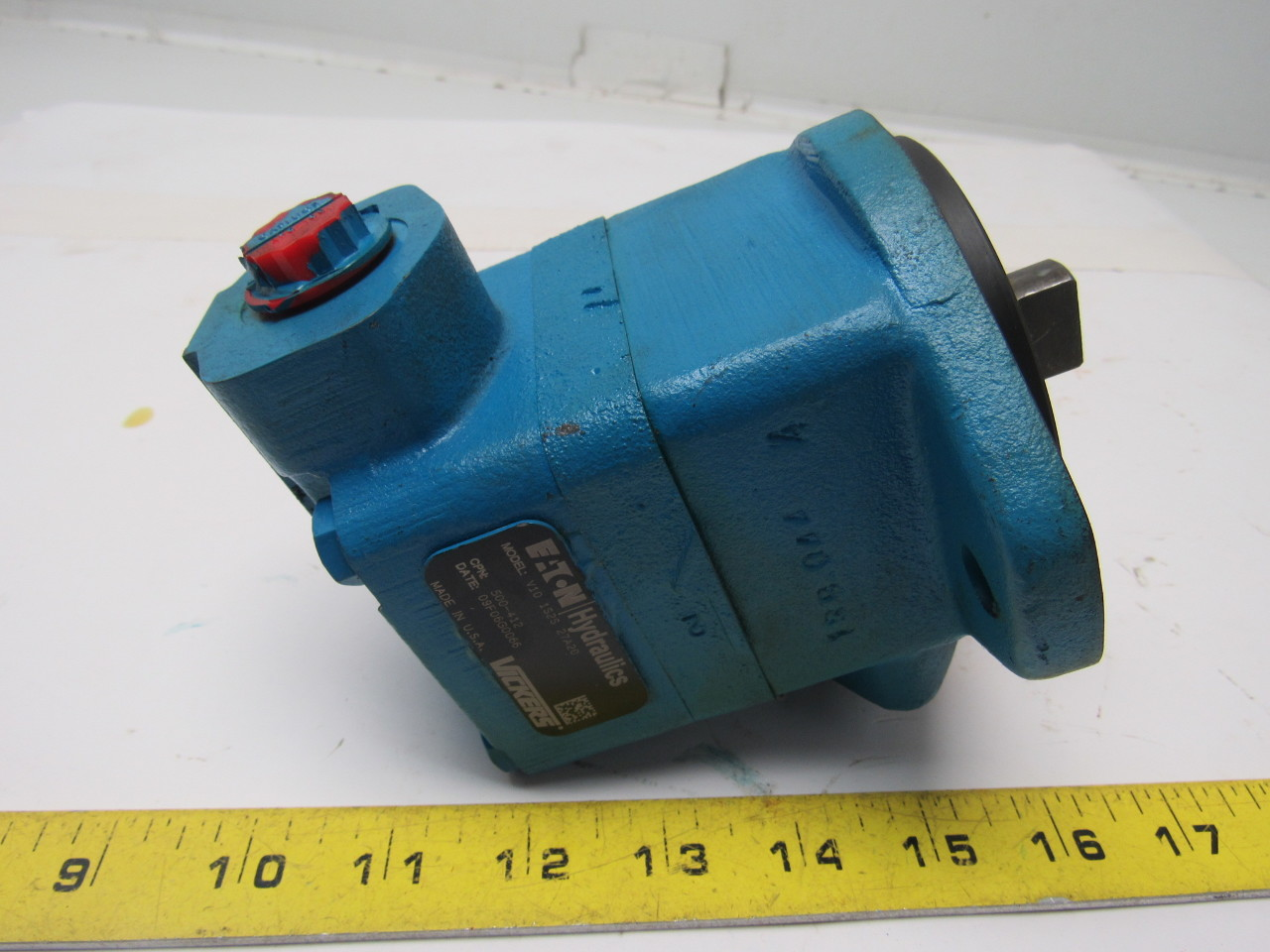 Vickers V10 1S2S 27A20 Single Vane Hydraulic Pump 1