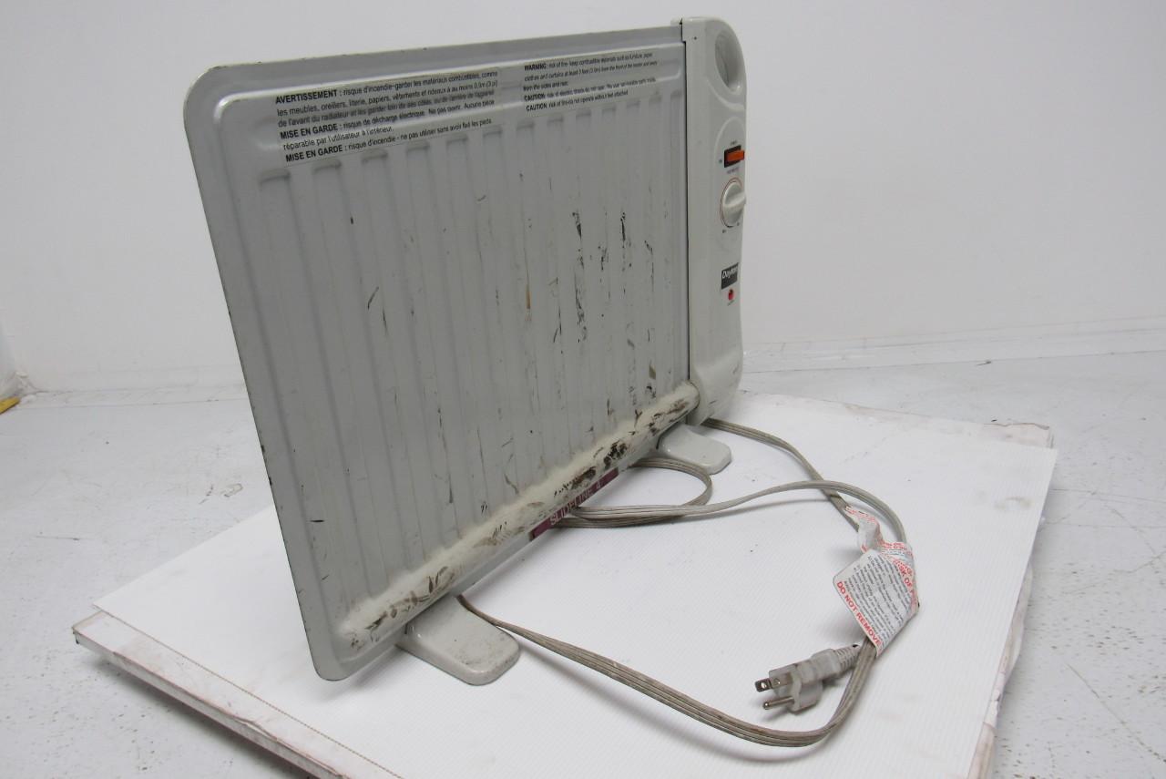 DAYTON 1VNX3 Oil Filled Space Heater 400Watt 120Volt Flat