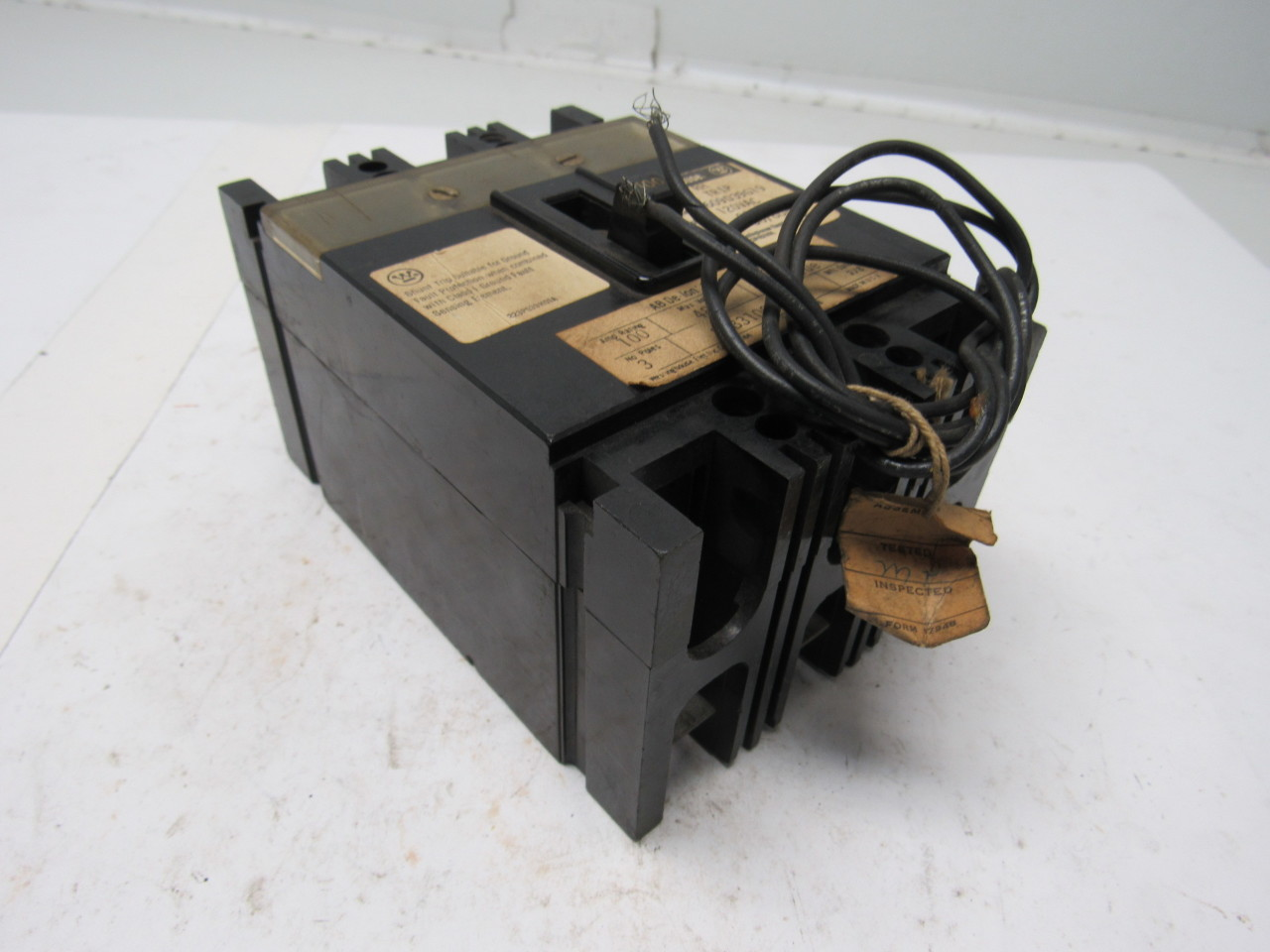 westinghouse 2609d39g19 100 amp circuit breaker 3 pole