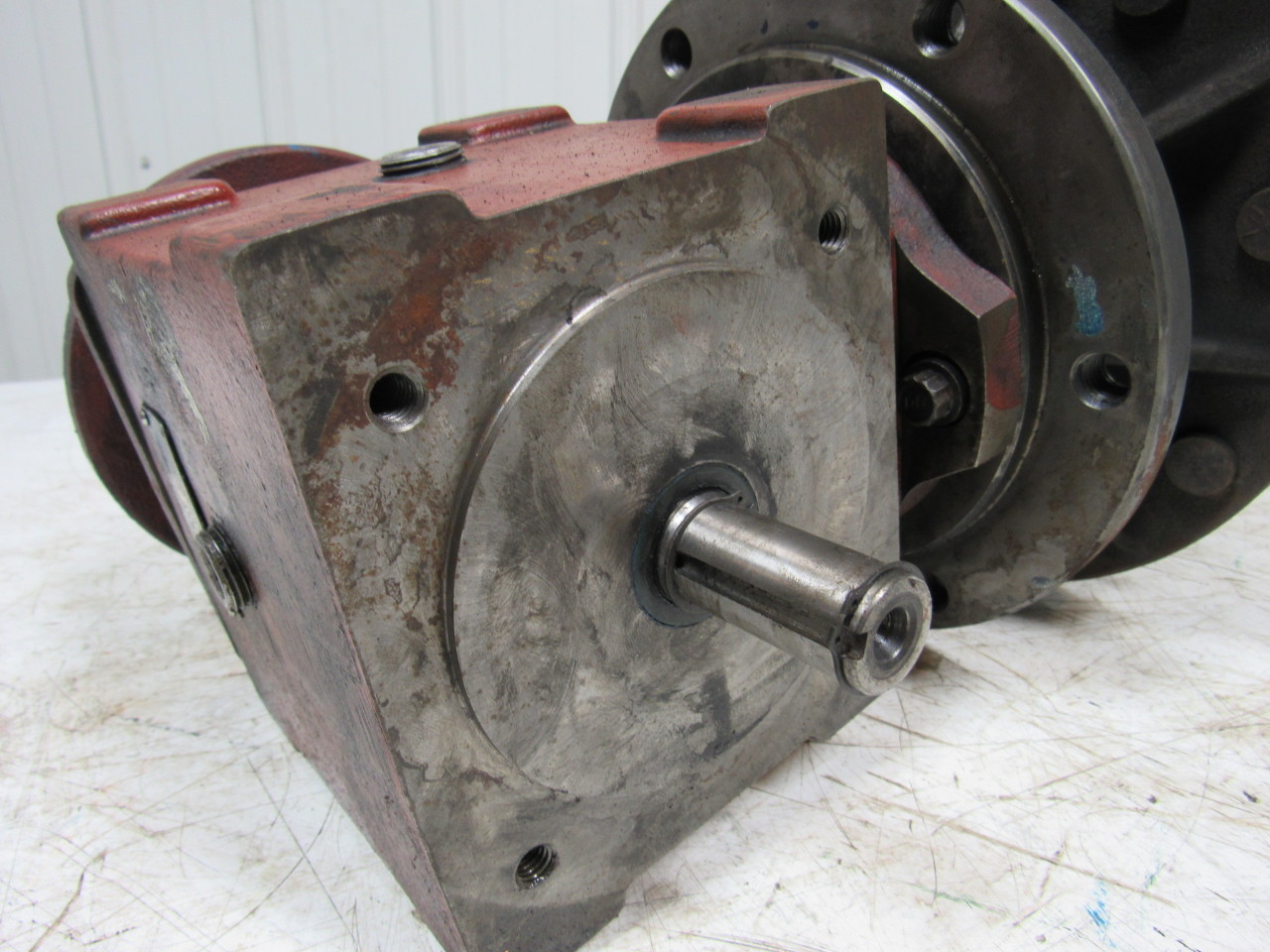 Right Angle Wheel : Fairfield mfg ra right angle drive w torque hub wheel