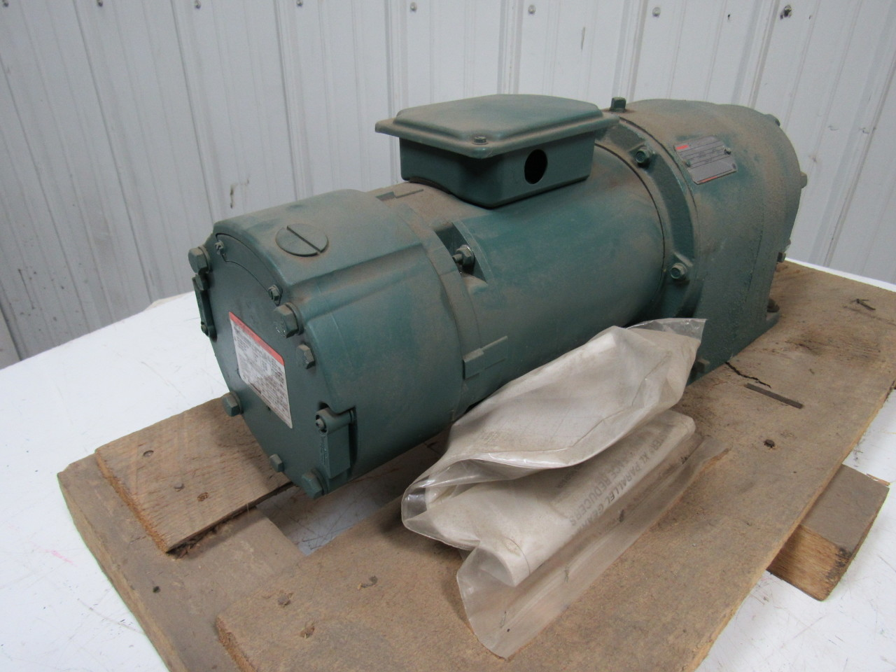 Reliance electric dodge b78k7050n fa 1 3 hp motor with 129 for Electric motor gear reduction