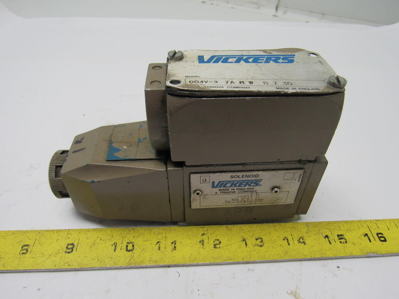 Vickers DG4V-3-7A-M-W-B-7-30 Hydraulic Solenoid Valve 110V Coil 3000PSI