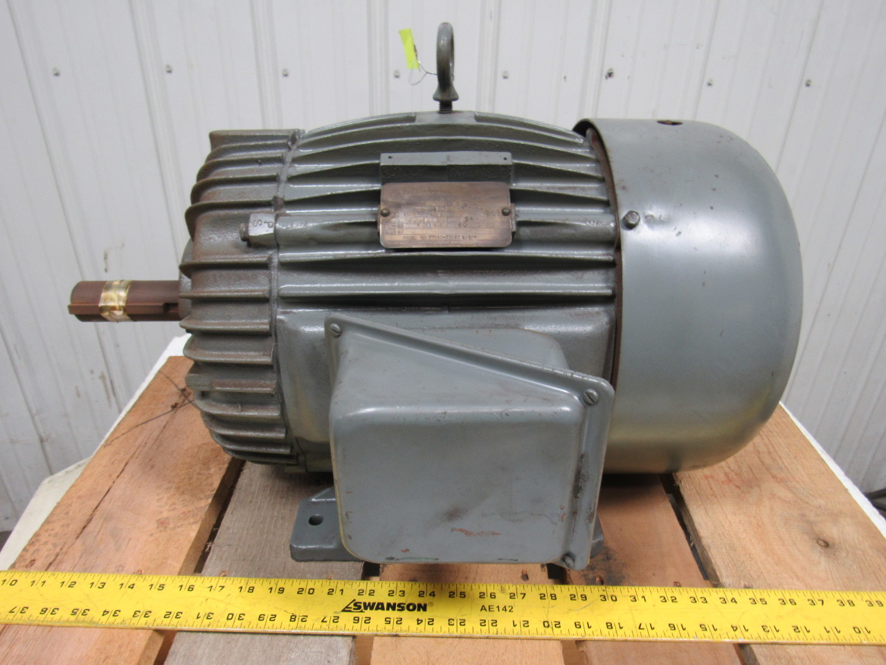 Delco 10 hp ac electric motor 900 rpm 284u 460v 3ph 60hz for 10 hp ac motor