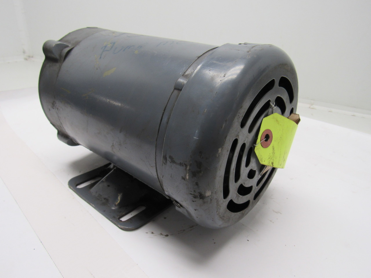 Baldor vm3538 1 2 hp electric motor 3ph 208 230 460v for 1 2 hp ac motor