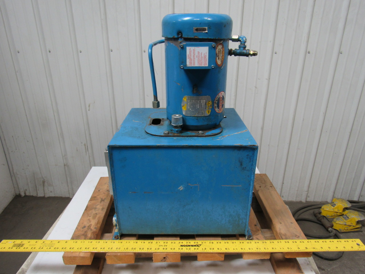 Vickers TK10VP-V45F--M SystemPak Hydraulic Power Unit W/10 Gallon Tank 10GPM